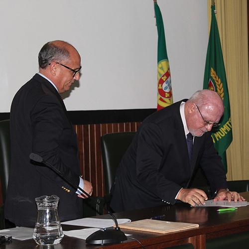 Ex-ministro da Agricultura, Capoulas Santos, assina protocolo de constituição do CNCACSA